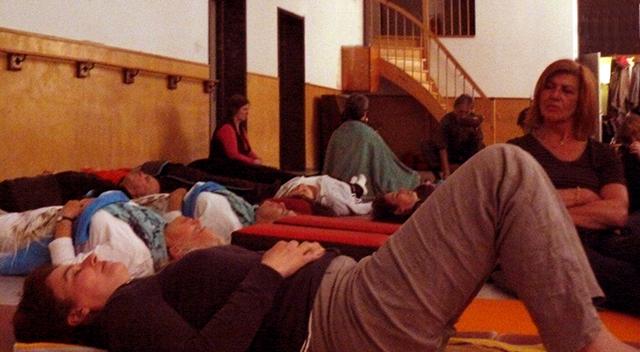 Claverhuis Yogales met Lydwina Meerman_Klankschalenconcert_juni 2011