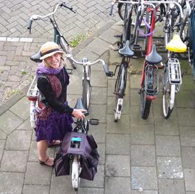 Yoga Claverhuis Amsterdam Jordaan-Elandsgracht-70_Yogales op woensdagavond en vrijdagochtend_Lydwina Meerman
